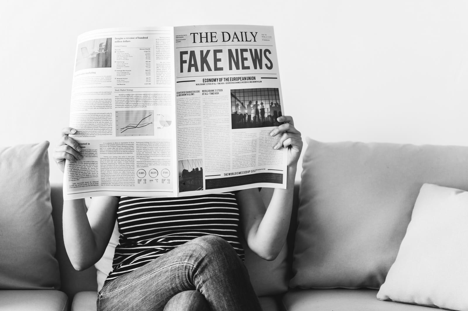 Świat obiegły fake newsy